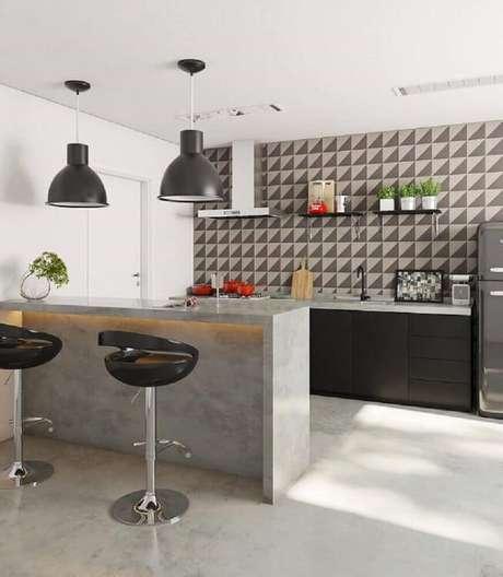 29. Cozinha com luminária de teto pendente