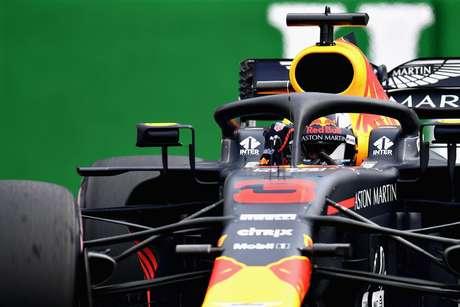 Problemas de Ricciardo continuam com uma penalidade de grid no Brasil