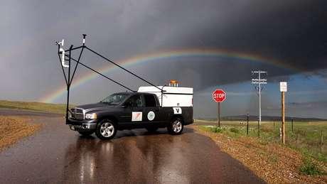Um dos veículos utilizados pelos pesquisadores do projeto Relâmpago para estudar as tempestades na Argentina