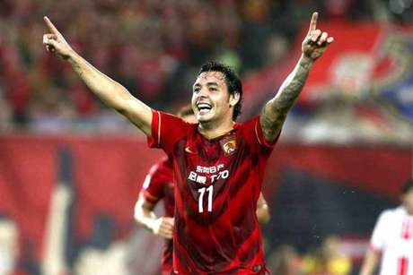 Ricardo Goulart quer voltar ao futebol brasileiro e o Palmeiras é o mais cotado para contratá-lo