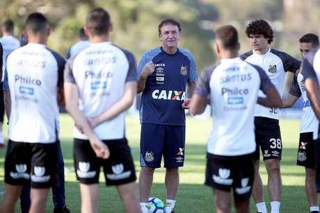 Cuca fez as contas para conseguir chegar à Liberta em 2019: faltam ao menos 11 pontos (Foto: Ivan Storti/Santos)