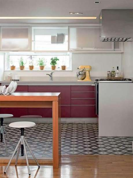 9. Decoração simples com ladrilhos para cozinha