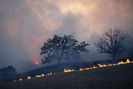 Incêndio na California deixa ao menos 9 mortos