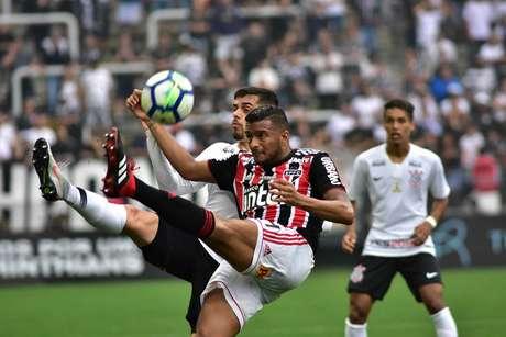 Corinthians e São Paulo empataram em 1 a 1; jogo era válido pela 33ª rodada do Campeonato Brasileiro