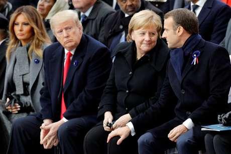 Melania,Trump, Merkel e Macron durante uma cerimônia de comemoração do Dia do Armistício, 100 anos após o fim da Primeira Guerra Mundial, no Arco do Triunfo, em Paris, França,