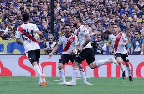 Pratto empatou o jogo logo depois do River tomar o primeiro gol