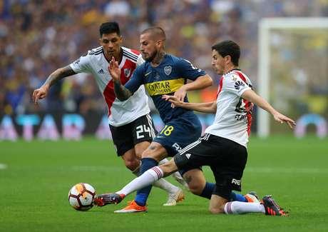 Boca e River empataram a primeira partida da final da Copa Libertadores da América em 2 a 2; jogo foi na La Bombonera