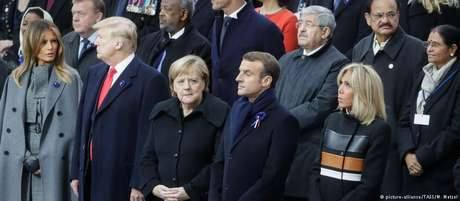 Melania Trump, Donald Trump, Angela Merkel e Emmanuel Macron, com sua mulher, Brigitte