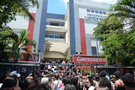 O Exame Nacional de Ensino Medio (Enem) leva milhares de jovem em busca do sonho no ingresso do Ensino Superior