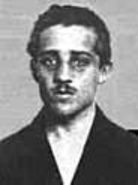 G. Princip, o líder do atentado (morto em 1918)