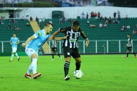 FIGUEIRENSE 2x3 PAYSANDU (Foto: Vinicius Nunes/Figueirense)