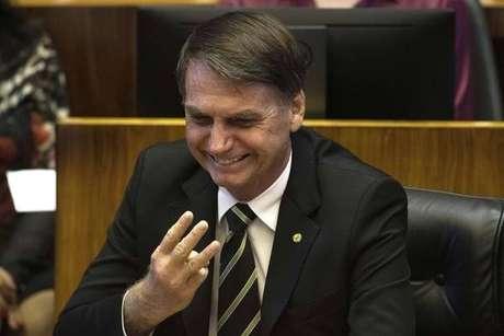 Jair Bolsonaro durante sessão especial no Congresso