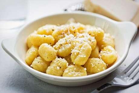 Nhoque de mandioquinha com queijo