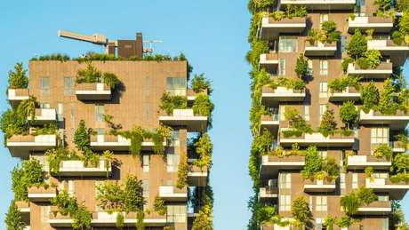 O Bosco Verticale é um modelo de edifício residencial sustentável em Milão, na Itália
