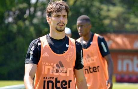 Rodrigo Caio não vinha sendo utilizado por Aguirre e agrada ao técnico Jardine (Foto: Érico Leonan/São Paulo FC)