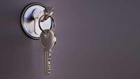 4. A laqueadura da porta pode aumentar a sua vida útil.