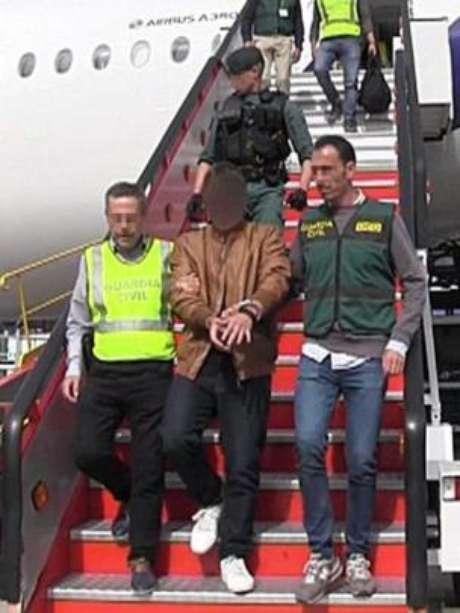 Brasileiro se entregou na Espanha após um acordo entre sua defesa e a Guarda Civil