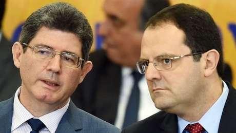 Levy (esq.) foi ministro da Fazenda de Dilma Rousseff.