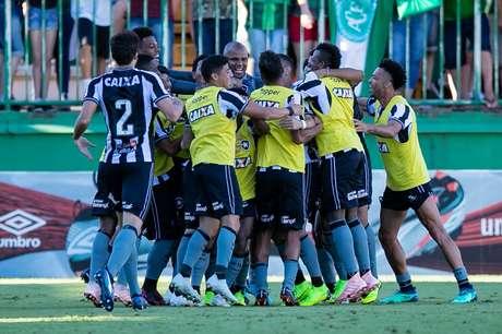 Com o resultado, os alvinegros chegaram a 44 pontos e passam a focar em um lugar na Copa Sul-Americana