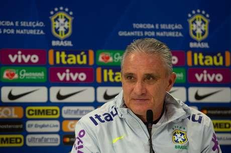 Tite escondeu a escalação para o amistoso contra o Uruguai