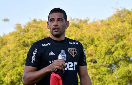 Diego Souza não jogou contra o Grêmio por causa de uma entorse no joelho (Érico Leonan/saopaulofc.net)