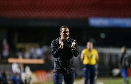 Jardine já dirigiu o profissional do São Paulo em cinco jogos ao todo - FOTO: Rubens Chiri/São Paulo FC
