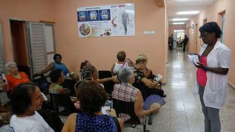 Cuba anunciou a saída do programa Mais Médicos no dia 14 de novembro, determinando o retorno de 8,3 mil médicos ao país caribenho.