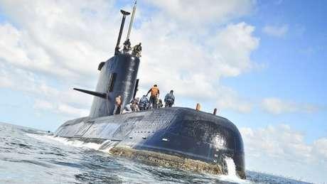 O ARA San Juan viajava com 44 tripulantes, quando perdeu comunicação e desapareceu dos radares