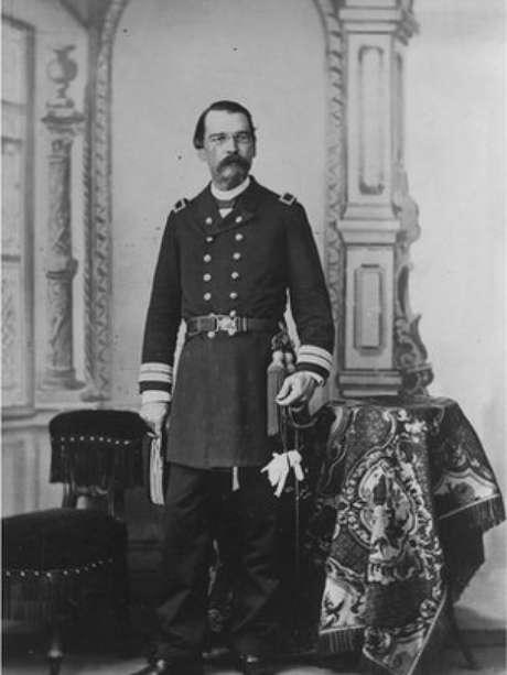 Benjamin Constant, o articulador do lema Ordem e Progresso na bandeira brasileira