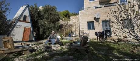 Decisão do empresa Airbnb de suspender anúncios de hospedagens na Cisjordânia afetará cerca de 200 residências