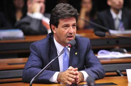 O deputado Luiz Henrique Mandetta, que assumirá o Ministério da Saúde no governo Bolsonaro