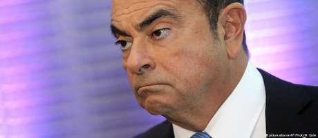 Carlos Ghosn foi detido na segunda-feira por supostamente ter declarado renda inferior à que tinha recebido