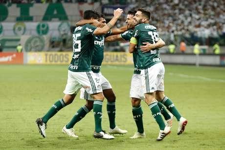 Luan comemora gol do Palmeiras