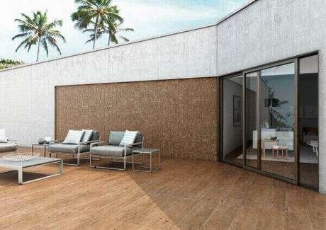 17- O revestimento de parede externa deve combinar com os outros elementos decorativos da fachada ou das áreas de lazer. Fonte: Mosaicos Amazonas
