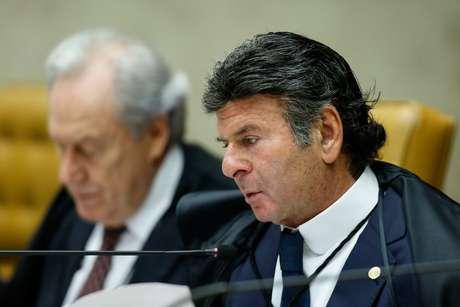 O ministro Luiz Fux, durante sessão plenária do STF
