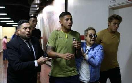 Jogadores do Boca chegaram assustado ao Monumental (Divulgação/Twitter)
