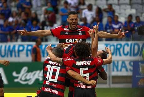 Éverton Ribeiro comemora gol pelo Flamengo