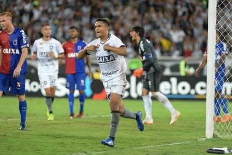 Comemoração do gol de Erik, do Botafogo