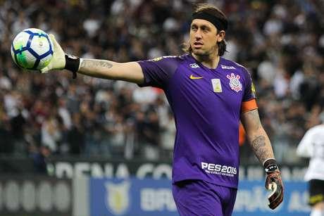 Cássio renovou contrato com o Corinthians