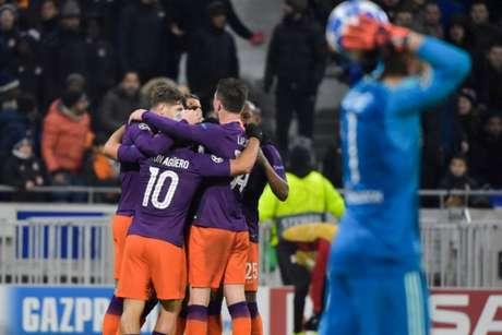 Manchester City arrancou empate do Lyon fora de casa e está nas oitavas da Champions (Foto:  AFP)