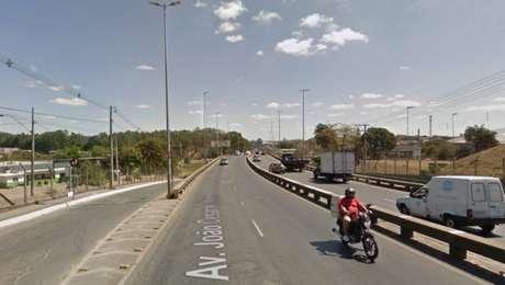 Acidente aconteceuna avenida João Cezar de Oliveira, região metropolitana de Belo Horizonte