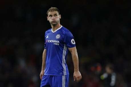 Atualmente no Zenit, Ivanovic fez história no Chelsea e tem 34 anos (Foto: Ian Kington / IKIMAGES / AFP)