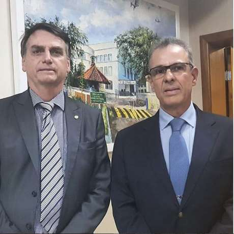 Bolsonaro ao lado de Bento Costa