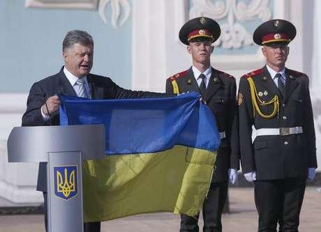 Rússia e Ucrânia vivem tensão militar.