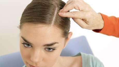 A explicação para o fato de termos regiões do corpo totalmente livres de pelos foi um 'mistério' por anos para cientistas