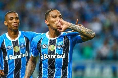 Jael renovou com o Grêmio até dezembro de 2020 (FOTO: LUCAS UEBEL/GREMIO)