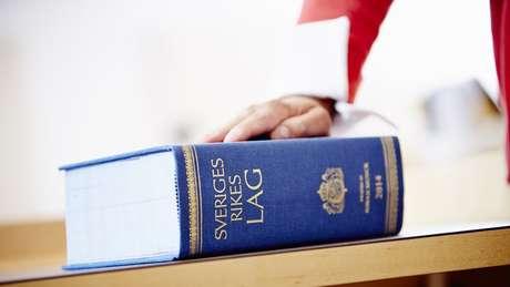 O período máximo de férias dos juízes na Suécia é de 35 dias - aqueles com até 29 anos não podem tirar mais de 28 dias