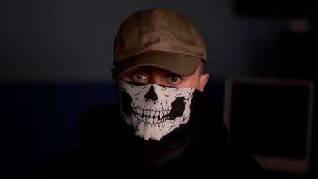 'Eles querem que eu infrinja a lei e não se importam se alguém vai se machucar', diz repórter da BBC que se infiltrou no grupo