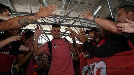 Torcida do Atlético-PR fez grande festa para os jogadores