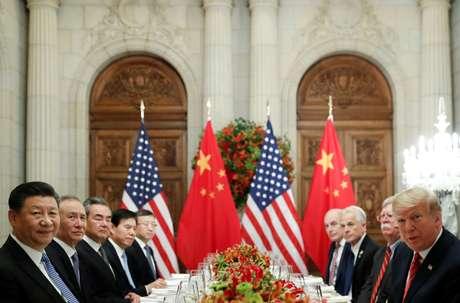 Encontro entre presidentes dos EUA, Donald Trump, e da China, Xi Jinping 01/12/2018 REUTERS/Kevin Lamarque